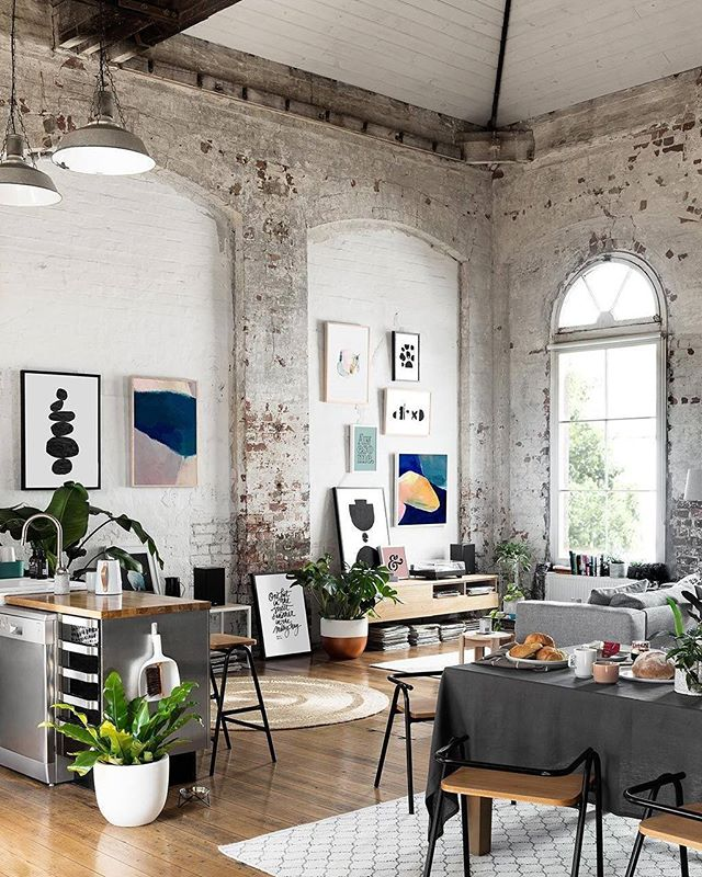 INSPO: Industrial Boho . . . #loft #highceilings #largewindows #studio #openliving #spaces #decor #art #kitchen #livingroom #design #interiors #home #instagood #brick