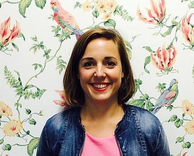Anna Ott, Founder of the Secret HR Society  Currently HR Expert @ Deutsche Telekom/ hub:raum    anna@frauott.com