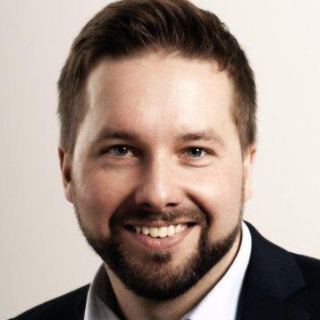 Matthias Pianezzer  Currently Recruiting & Talent Acquisition @ Viessmann