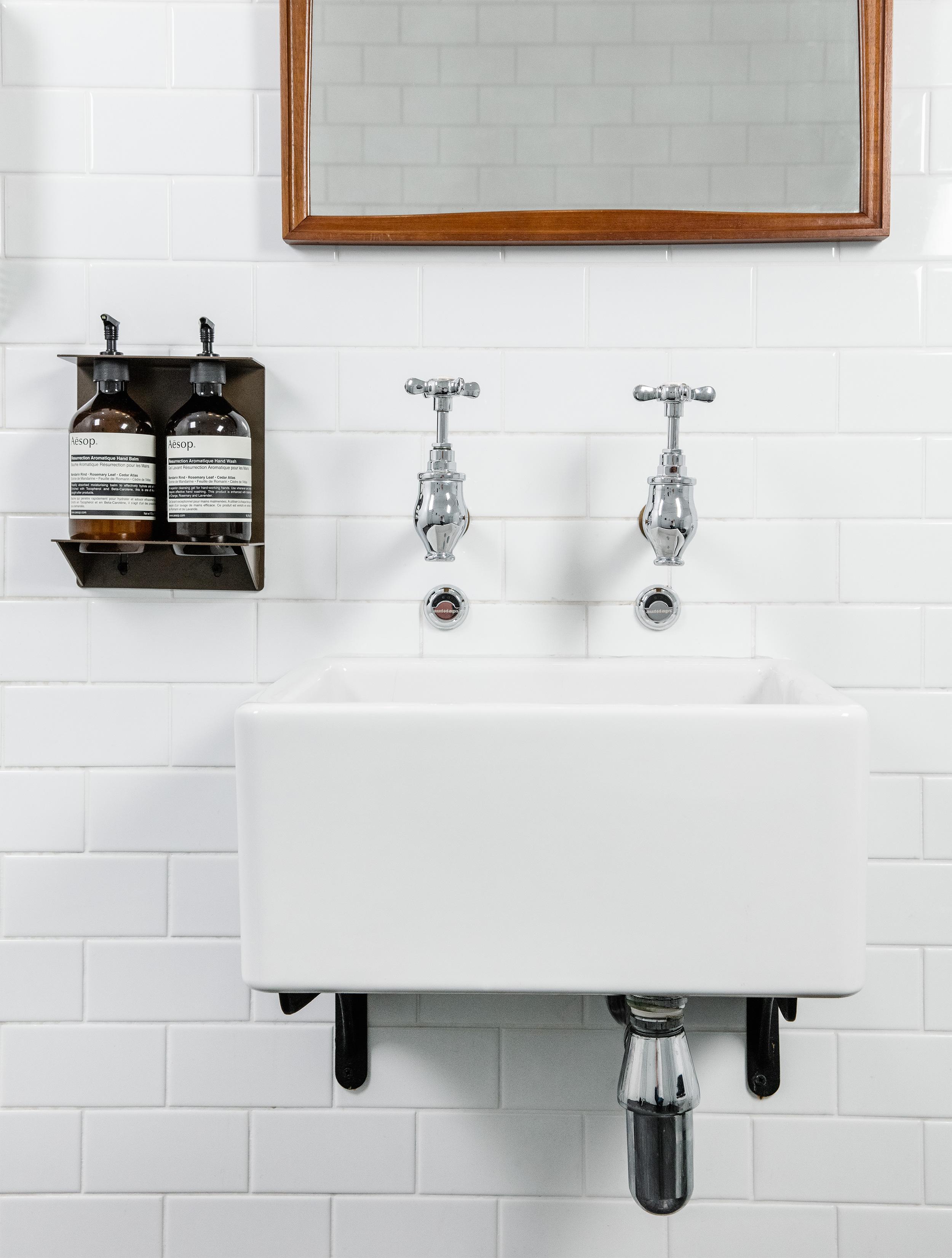 HemmingStreet_Bathroom1.jpg