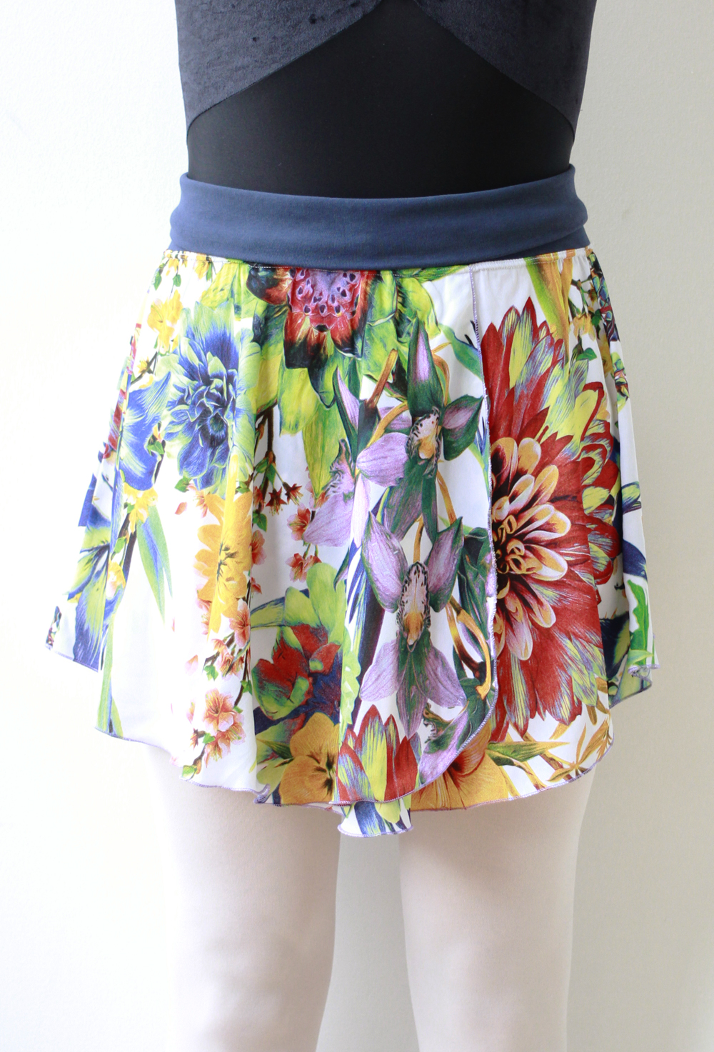 tropical_floral_mid_front.jpg