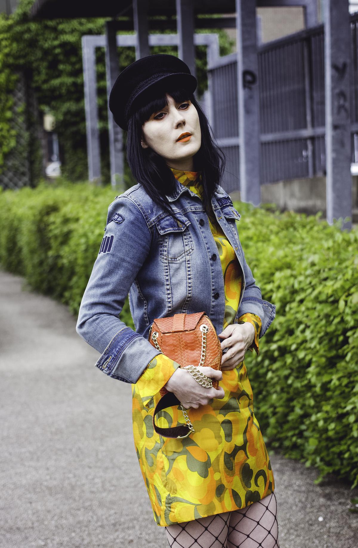 yellowdress-3.jpg