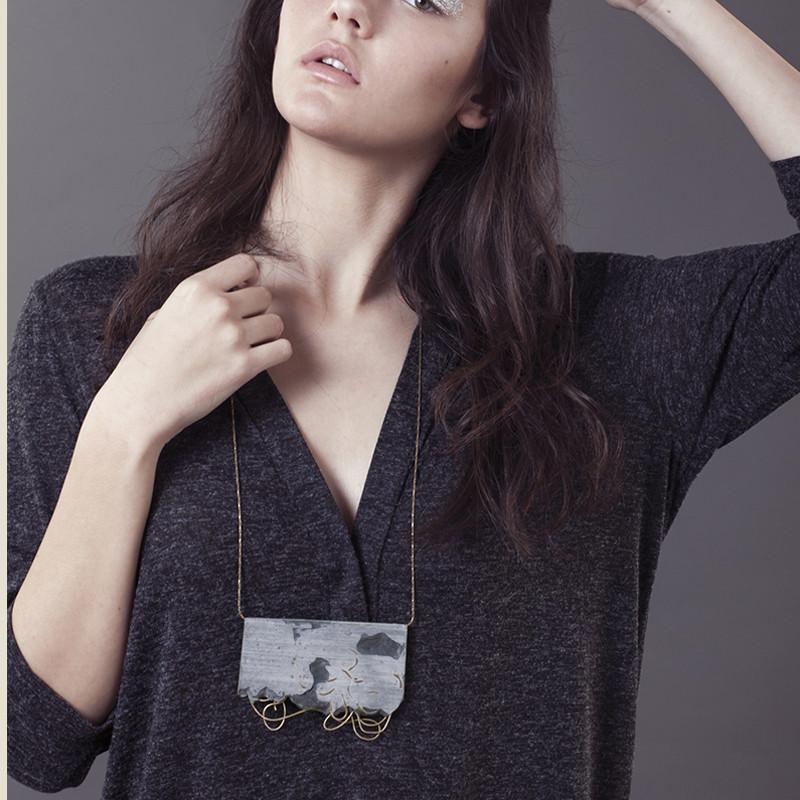 NoyAlon_crown_necklace_model_1024x1024.jpg