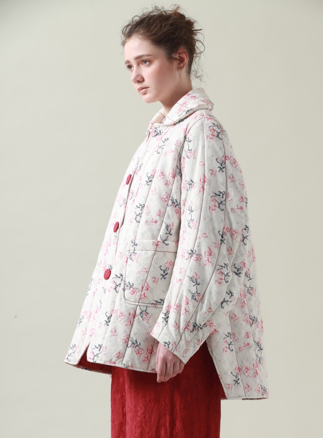 23281-young-british-designers-floral-sprig-print-quilted-jacket-by-renli-su_raw.jpg