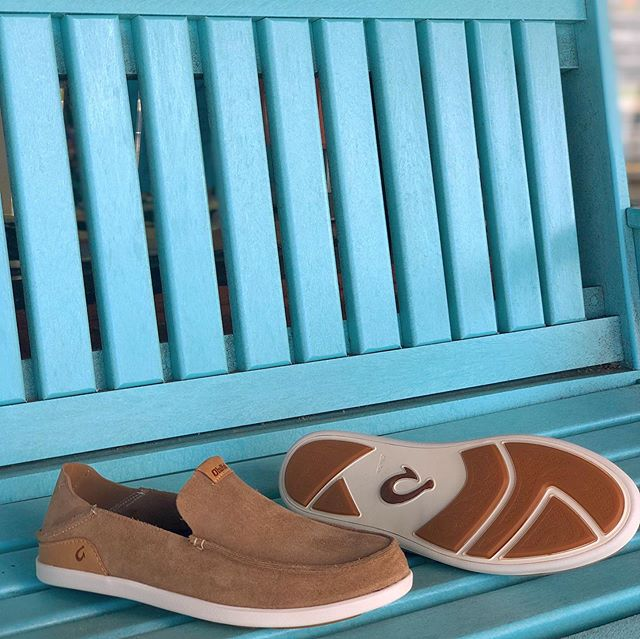 Everyone needs a good pair of boat shoes 👞 🚣 All new @olukai leather slip-on's as well as some fresh sandal styles! . . . #olukai #olukaisandals #boatshoes #boating #fishing #anywherealoha #omsurf #wevegotyoucovered