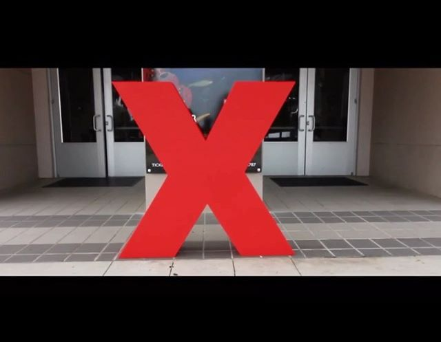Our Gatorloop team had the privilege of hosting a Lab at TEDxUF 2019! . We were overly excited to have the chance to showcase our 2015 prototype with the over 1000 attendees. . During our Lab, we shared visuals of our newest 2019 3D models for our 2nd pod design iteration and spoke to fellow community members about the work we do as a student engineering design team. . Our mission is to foster the growth of our engineering students so that we may continue to produce the most advanced hyperloop systems and accelerate the advent of a new mode of transportation! ——————————————— 🐊 Go Gators, Go Gatorloop! 🚄 ———————————————