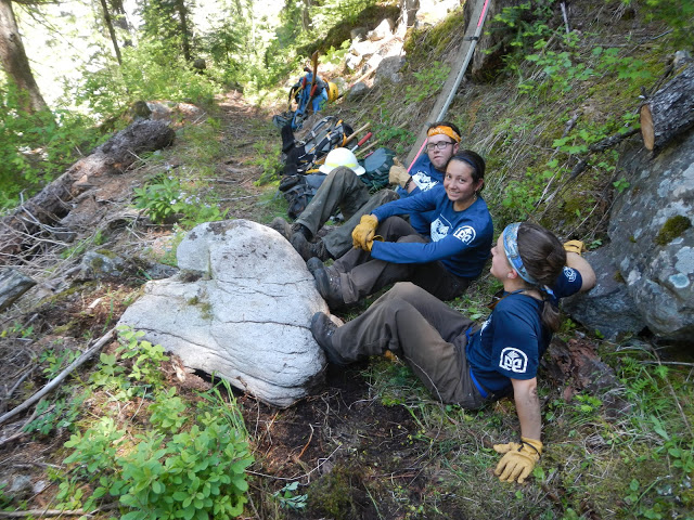 2012Colt Killed Creek RockPush(22).JPG