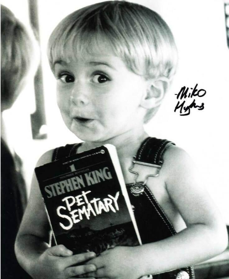 """El pequeño Miko Hughes interpretando a Gage Creed en """"Cementerio de mascotas"""""""