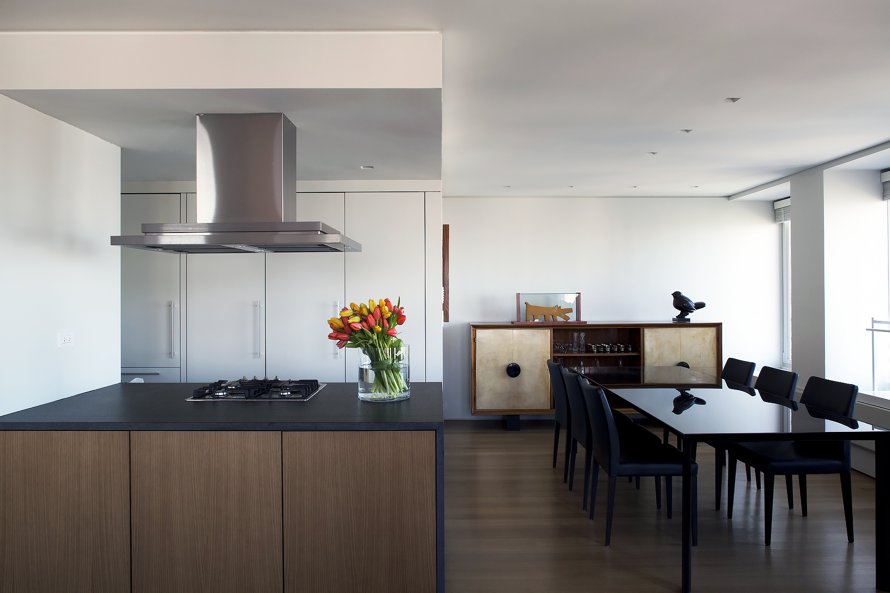 PRIVATE RESIDENCE-NY_Kitchen-Dining-01.png