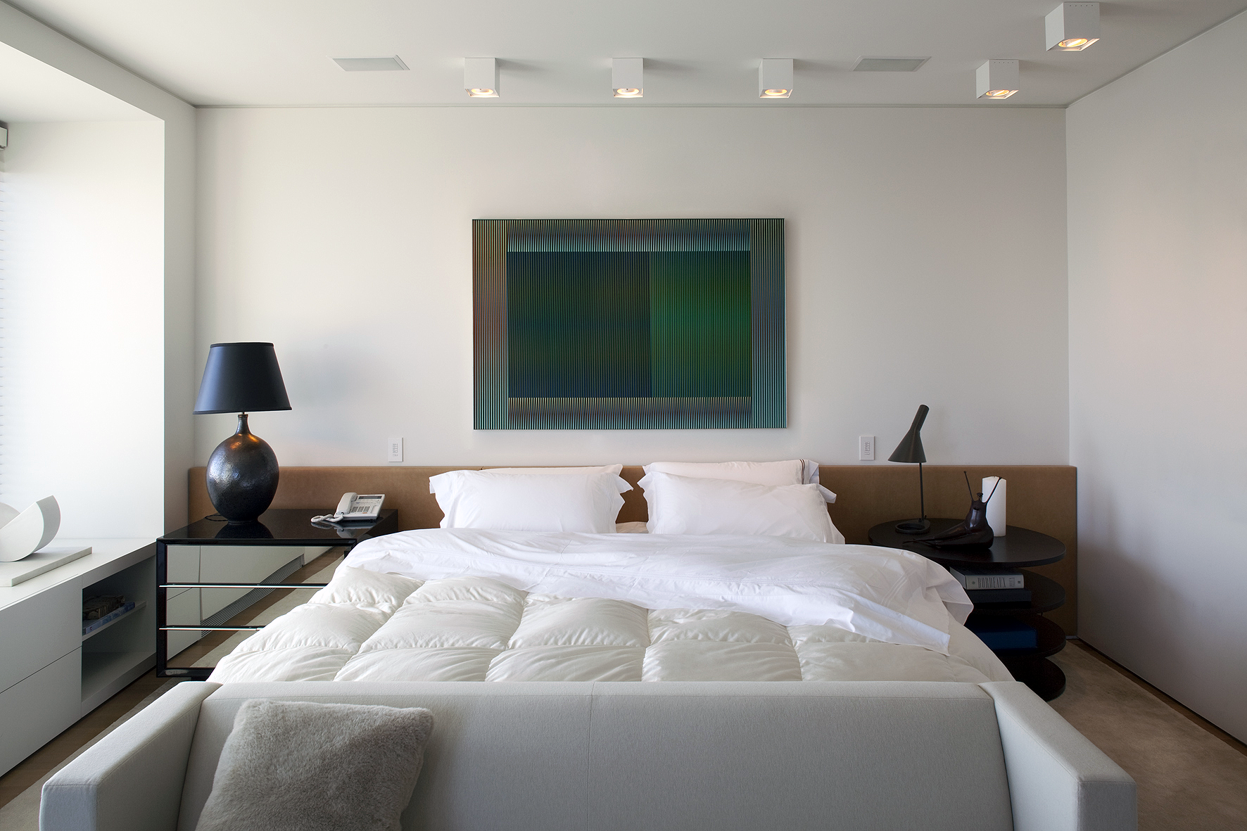 PRIVATE RESIDENCE-NY_MasterBedroom-01.png