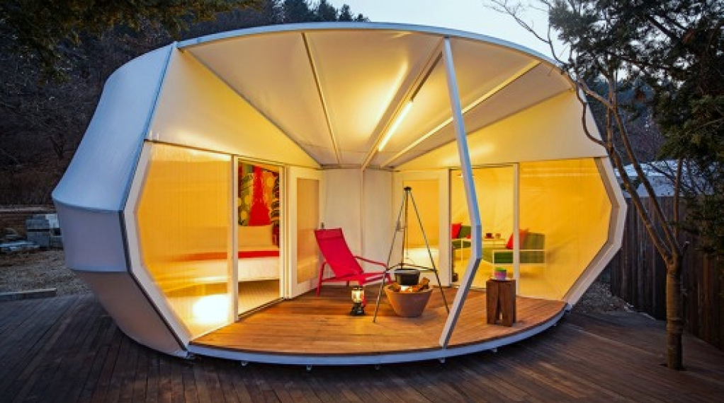 "ArchiWorkshop Unveils Gorgeous ""Glamping"" Tents"