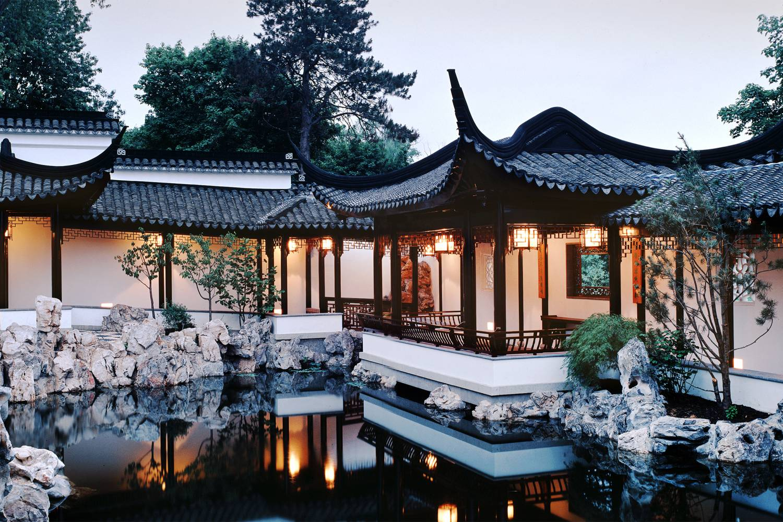 snug_harbor-new_york_chinese_scholars_garden-michael_falco__x_large.jpg