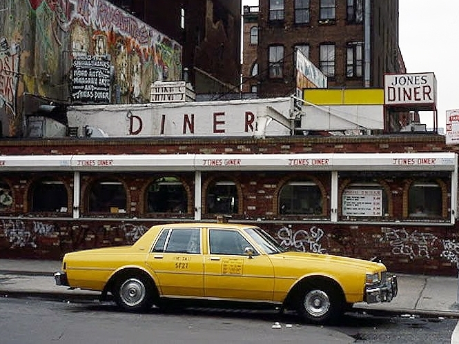 Jones Diner - After remodel in the 1980's.Featured in episodes of Law and Order and NYPD Blue.Demolished 2003
