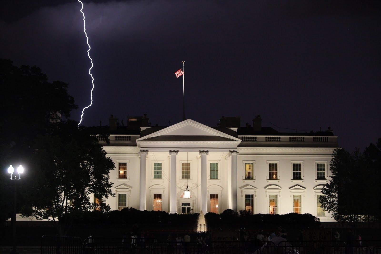 White House2.jpg