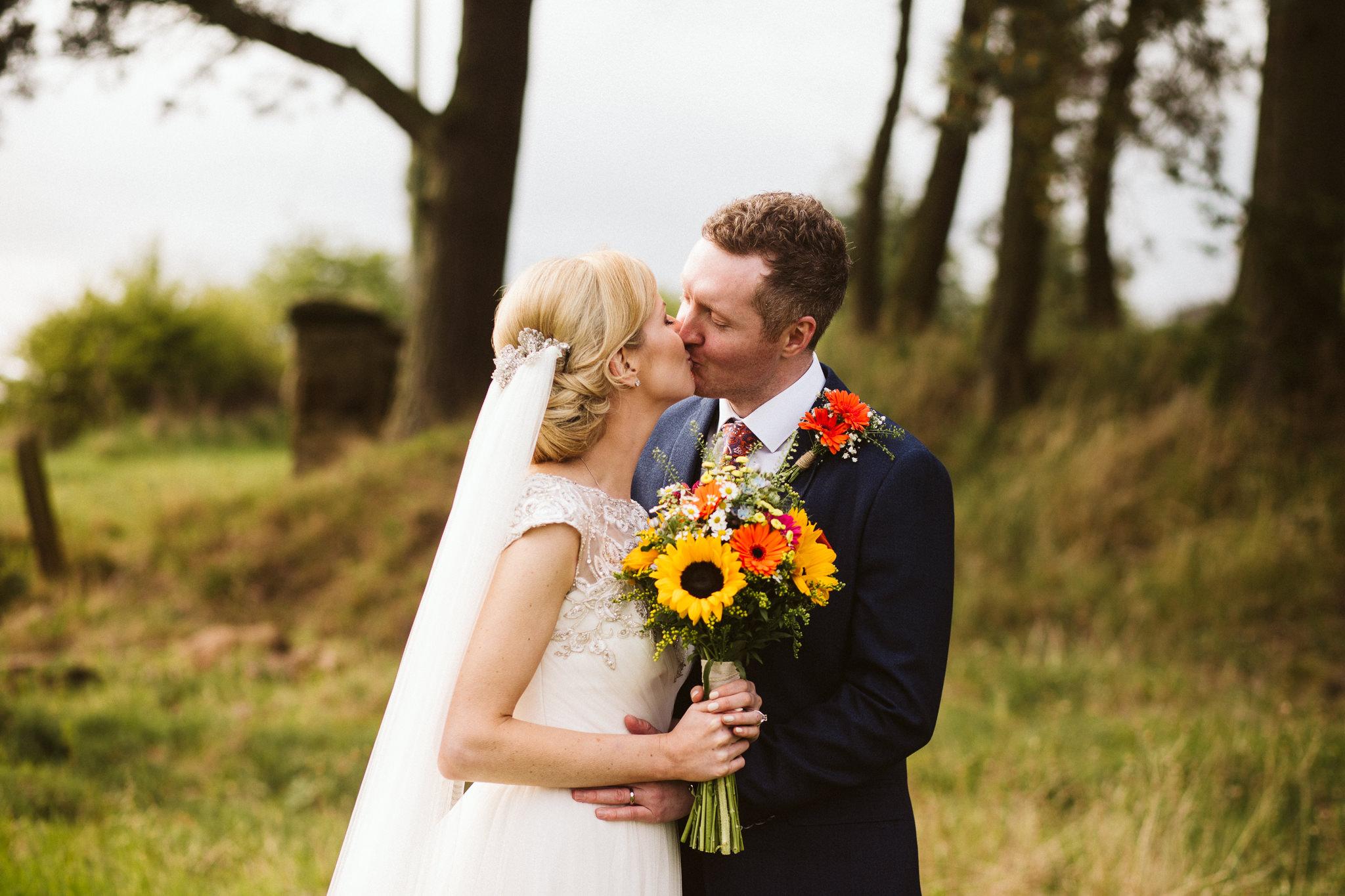 northside-farm-wedding-northumberland-margarita-hope (79).jpg