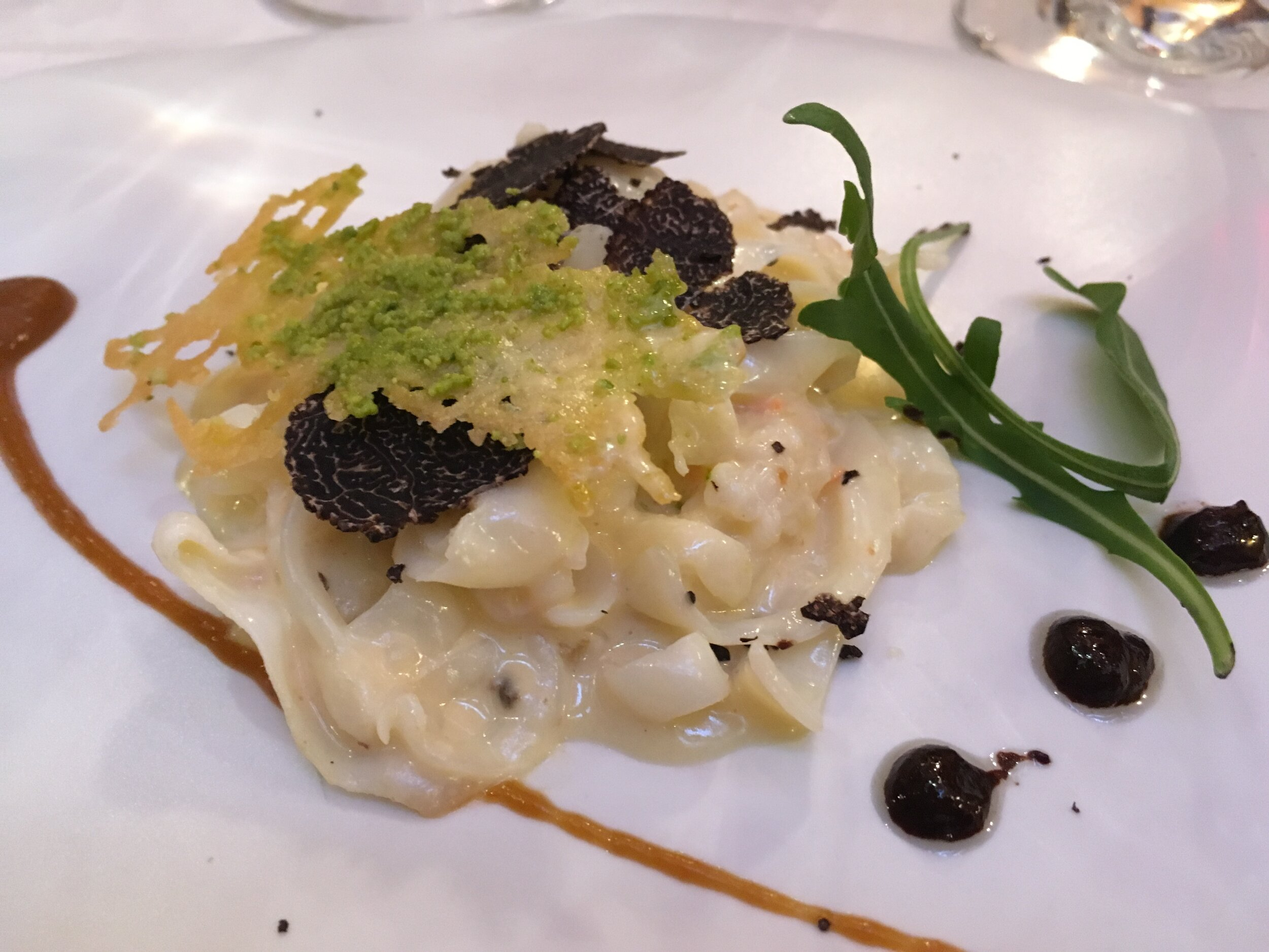 Enjoy truffle cuisine highlighted in the rich culinary traditions of Castille and Leon.