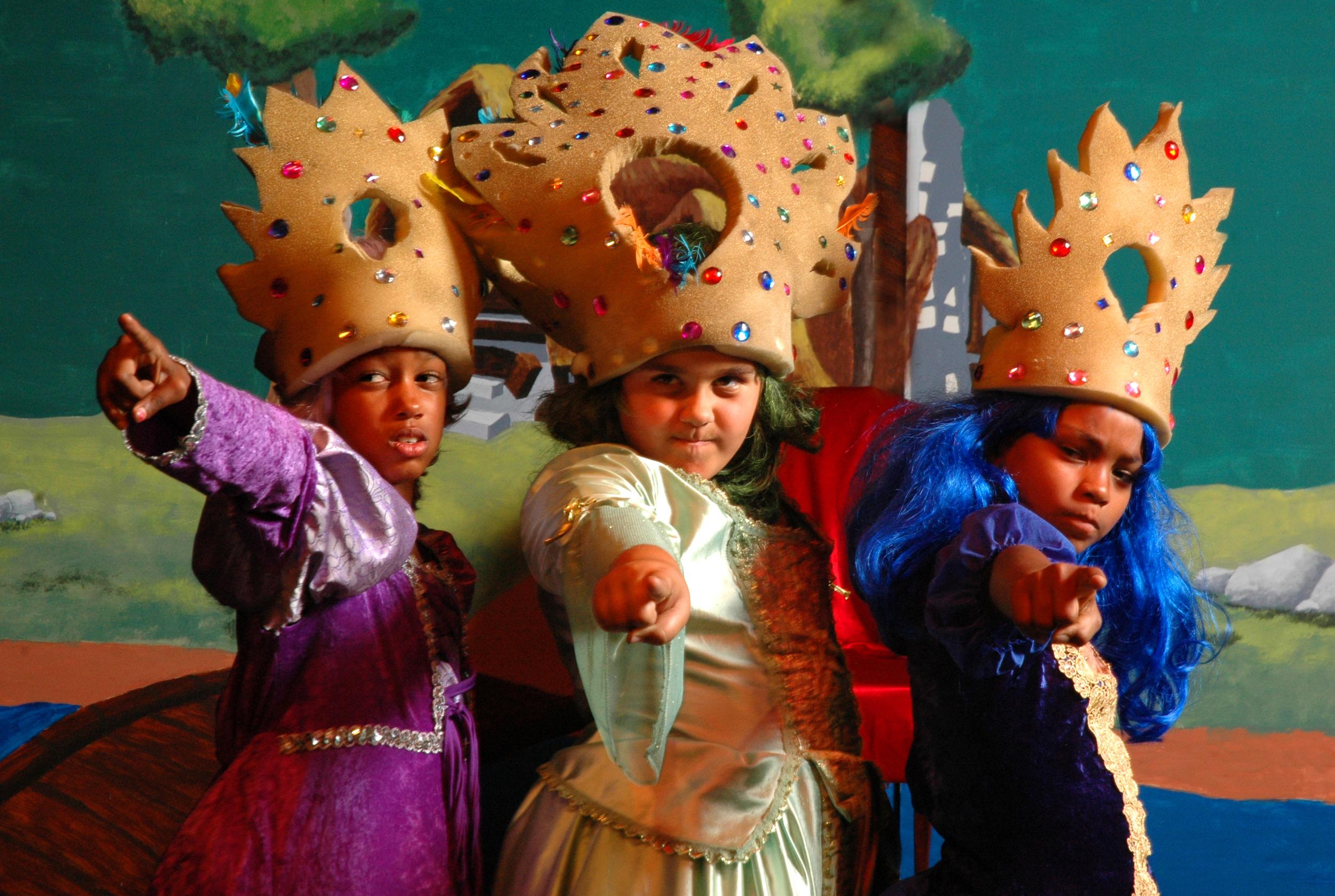 1KUNKA GRP (princessesLA).jpg