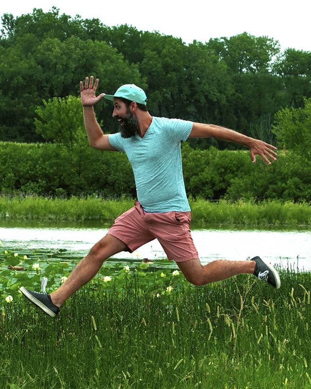 | A I R | (survoler vos nénuphars) . .📸: @kassideeq . . #jump #nature #waterlily #beard #beardsofinstagram #man #drip #model #portrait #fun #kansas #lfk #countryroads #country #cityboy #fabulux