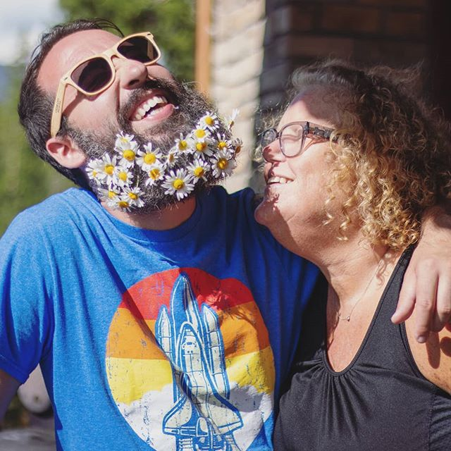 Smell the Flowers (ft. my mom) . .📸:@kassideeq . .#beard #beardsofinstagram #man #mom #mother #flowers #flowerbeard #male #fabulux #travel #CO #family #vacation @winmar13