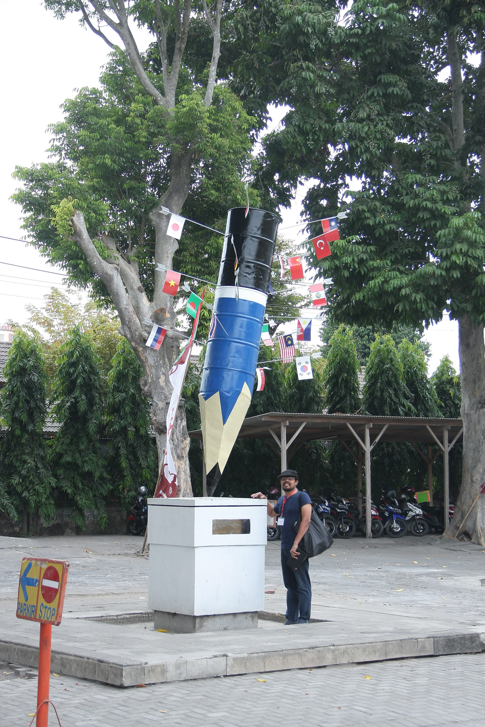 a_Asit and sculpture at Museum.jpg
