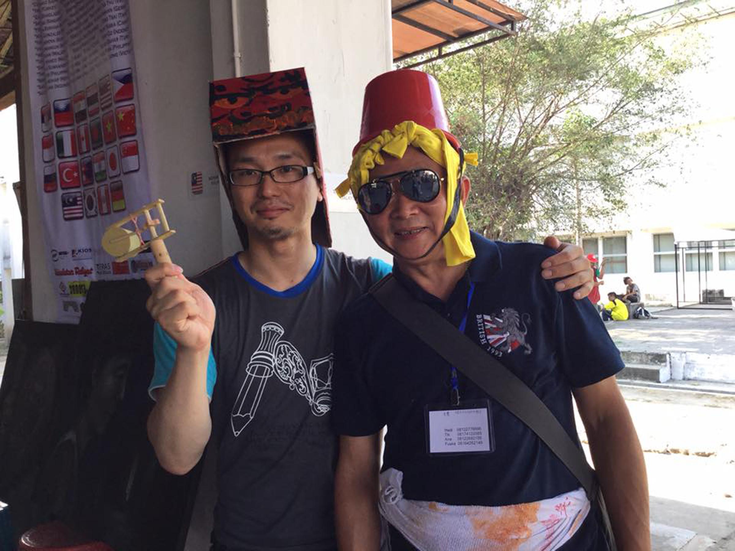 e_Keiichiro & Dino.jpg