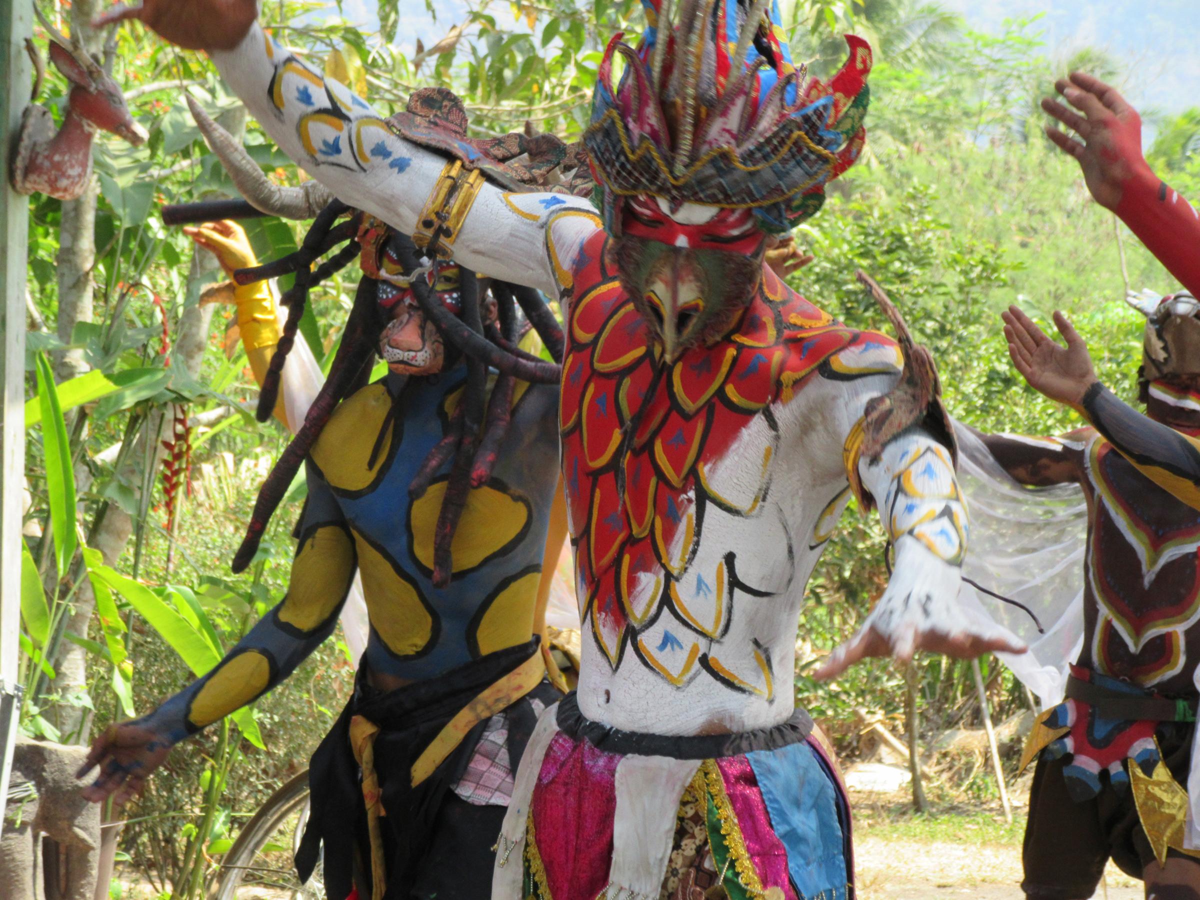 h_Limanjawi Art House_dancers 3.jpg