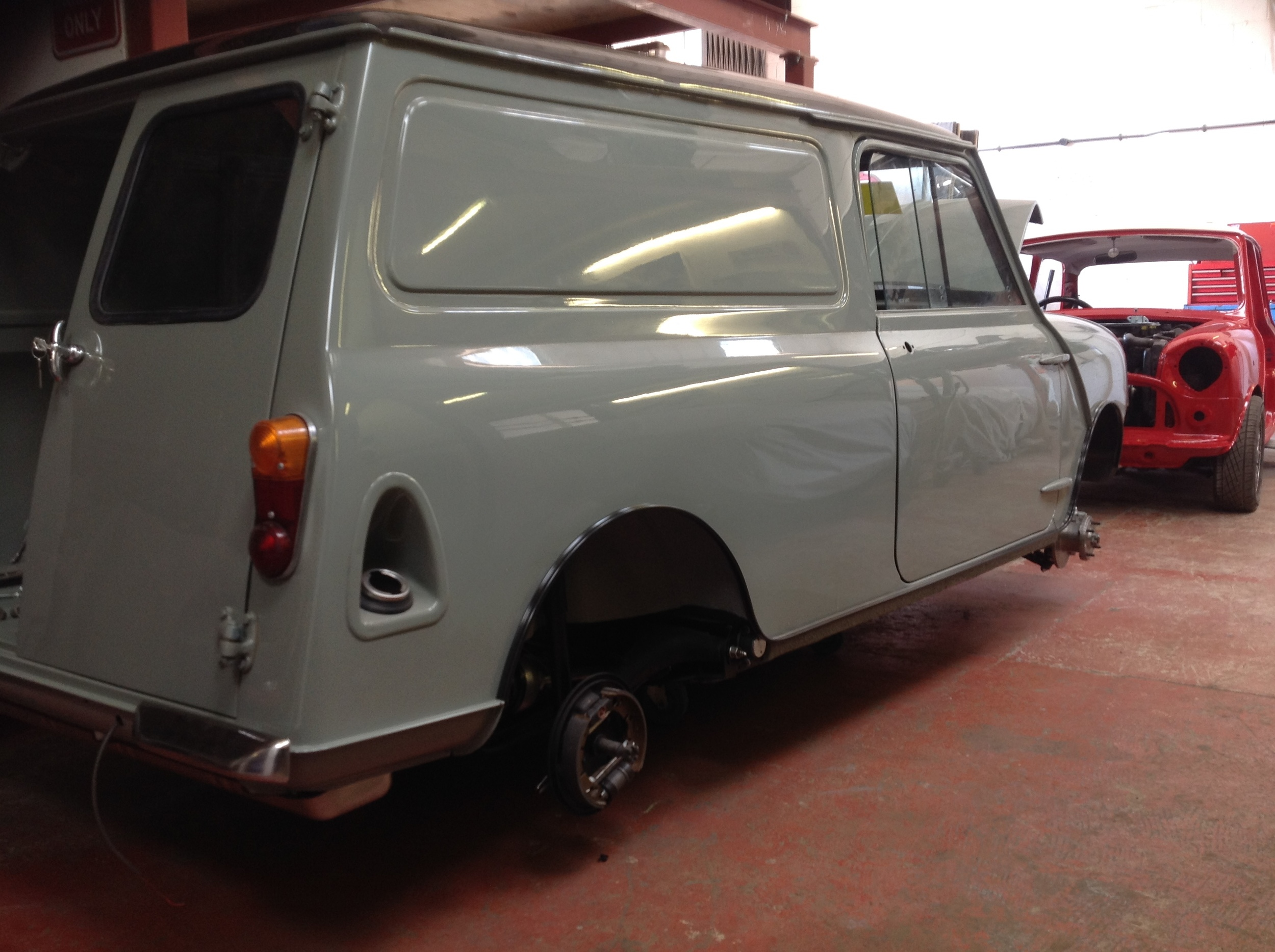 TRMC_Classic_Mini_Van_Side_View
