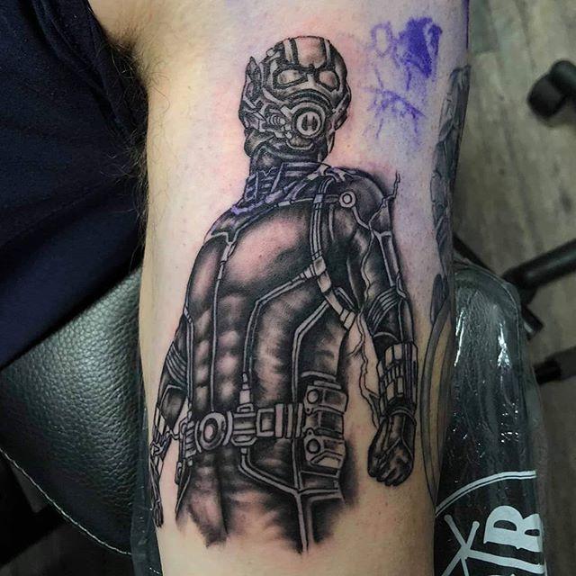 Had fun on this one! Would love to do more #nerdytattoos at @lightningrevivaltattoo 💚 Sponsored by @electrumstencilproducts 🤘 .. .. @truetubes @saniderm #tattoo #puremichigan #picoftheday #tattoooftheday #nerdart #blackandgrey #blackandgreytattoo #realism #antman #marvel #comics #art #artistsofinstagram #grandrapids #byroncenter #tattoosbymattnelson #lightningrevival #tattoos #yes #weekend #sundayfunday