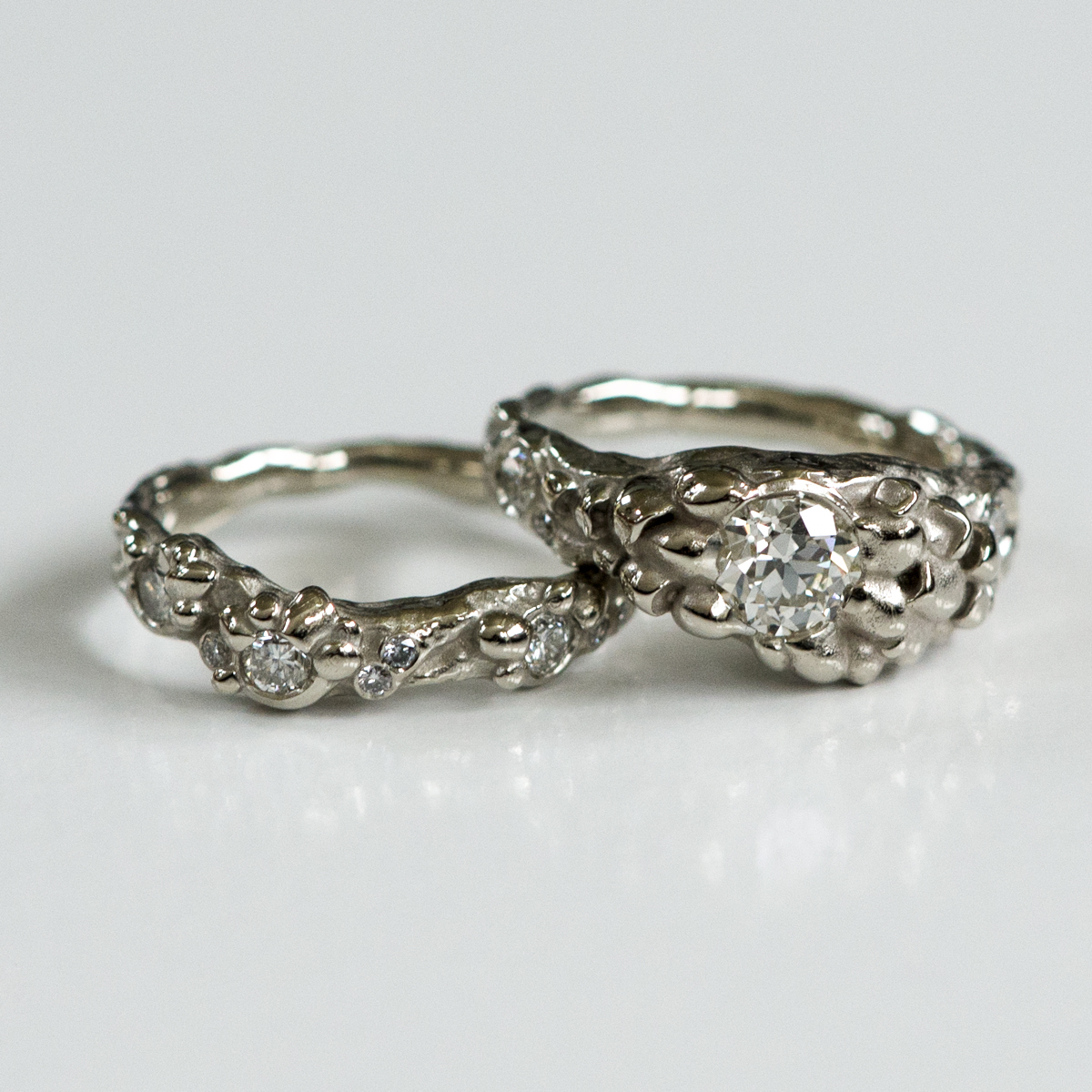 CG-grisez-wedding ring set-mushroom-rock-diamond