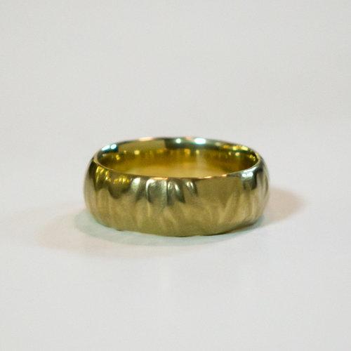 Texture wedding ring