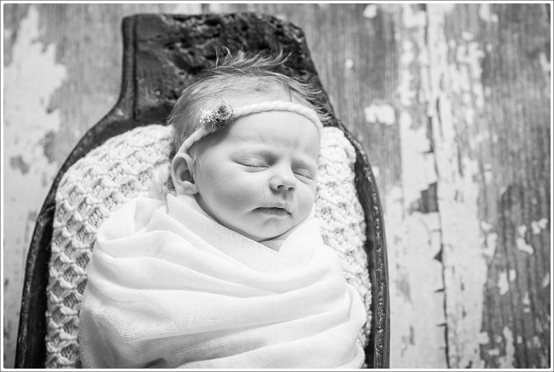 Maisy newborn-49_WEB.jpg