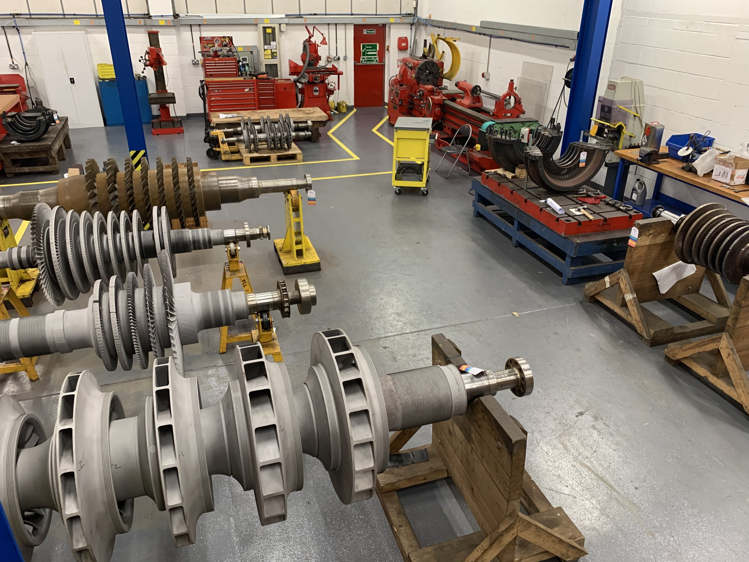 QUALITY CONTROLLED WORKSHOP ENVIRONMENT - Set up to support both planned and unplanned field activities for the manufacture, assembly and refurbishment of rotating equipment, with experience of working on most steam turbine makes and models, compressors, gearboxes and pumps