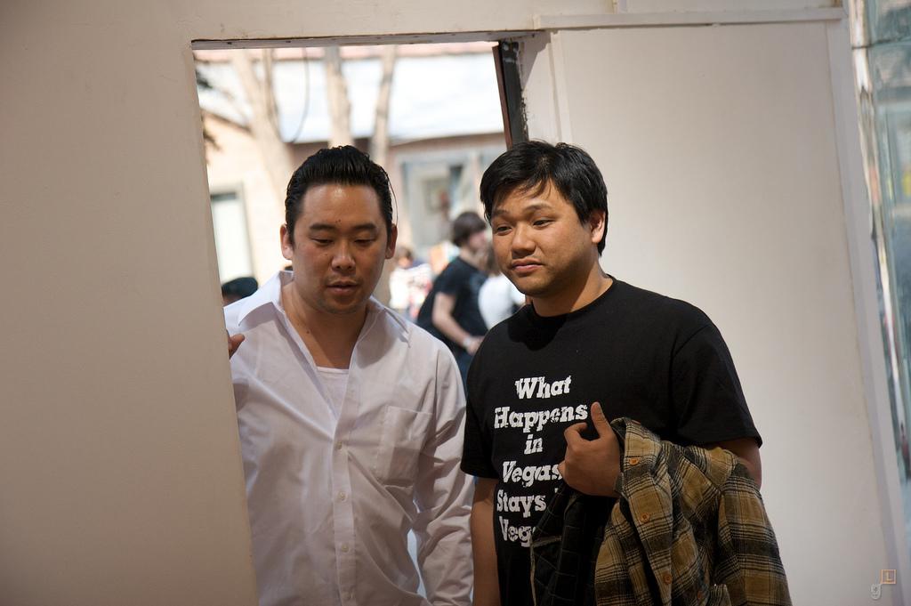 246-2009-David-Choe-Death-Blossom-Show-Beijing-Pyo-017.jpg