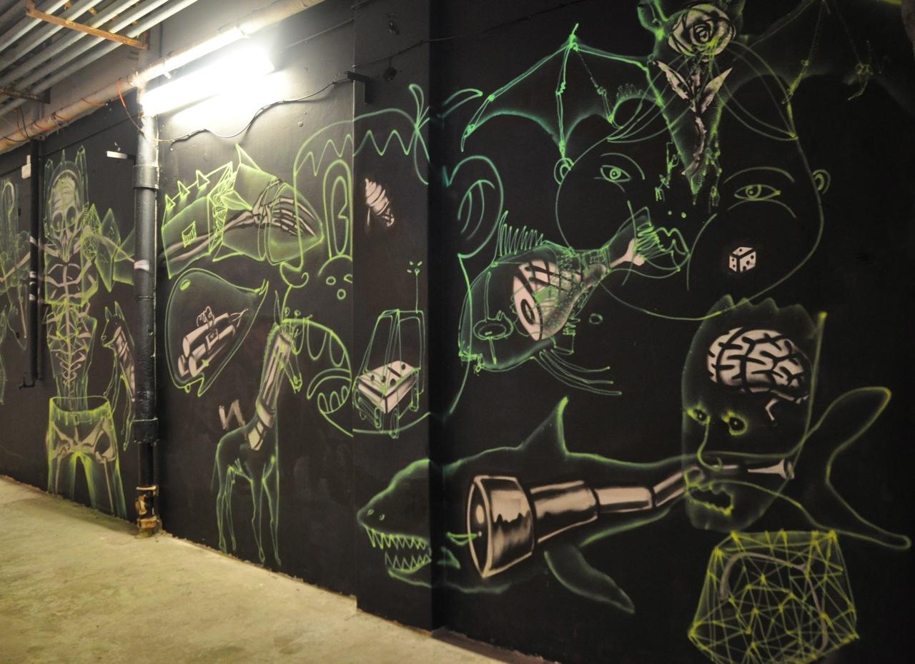 260-2011-david-choe-dvs1-street-art-nuart-festival-28.jpg