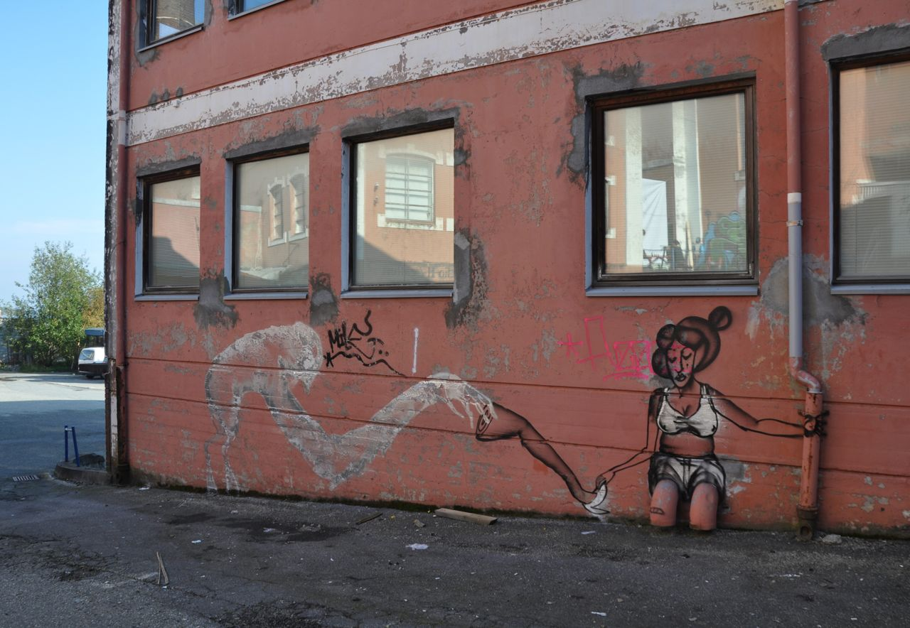 260-2011-david-choe-dvs1-street-art-nuart-festival-06.jpg