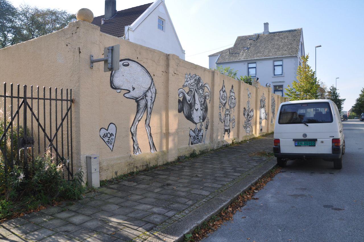 260-2011-david-choe-dvs1-street-art-nuart-festival-10.jpg