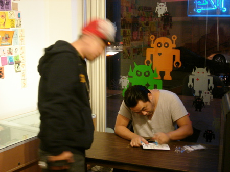 David-Choe-Signing-Giant-Robot-01