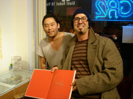 David-Choe-Signing-Giant-Robot-06