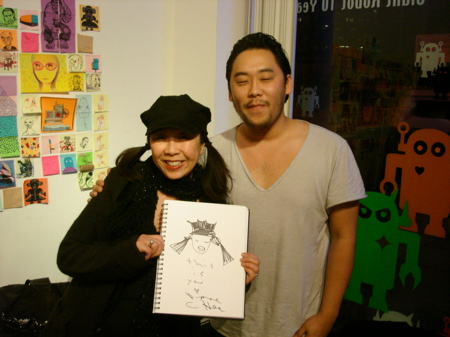 David-Choe-Signing-Giant-Robot-08