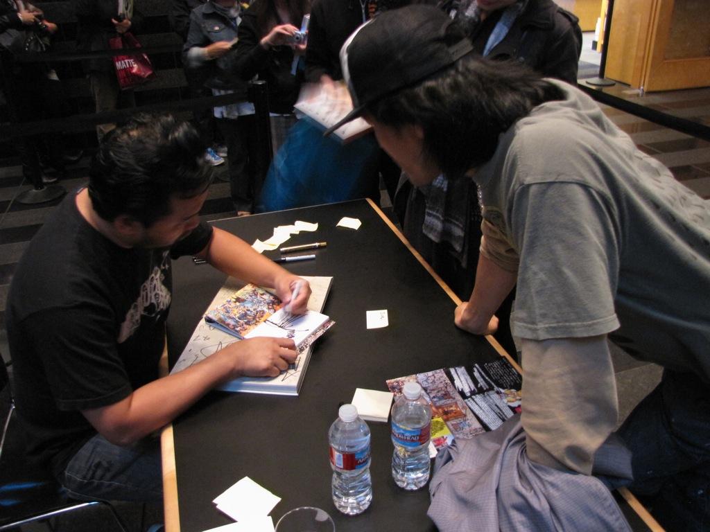 David-Choe-Signing-SFMOMA-03