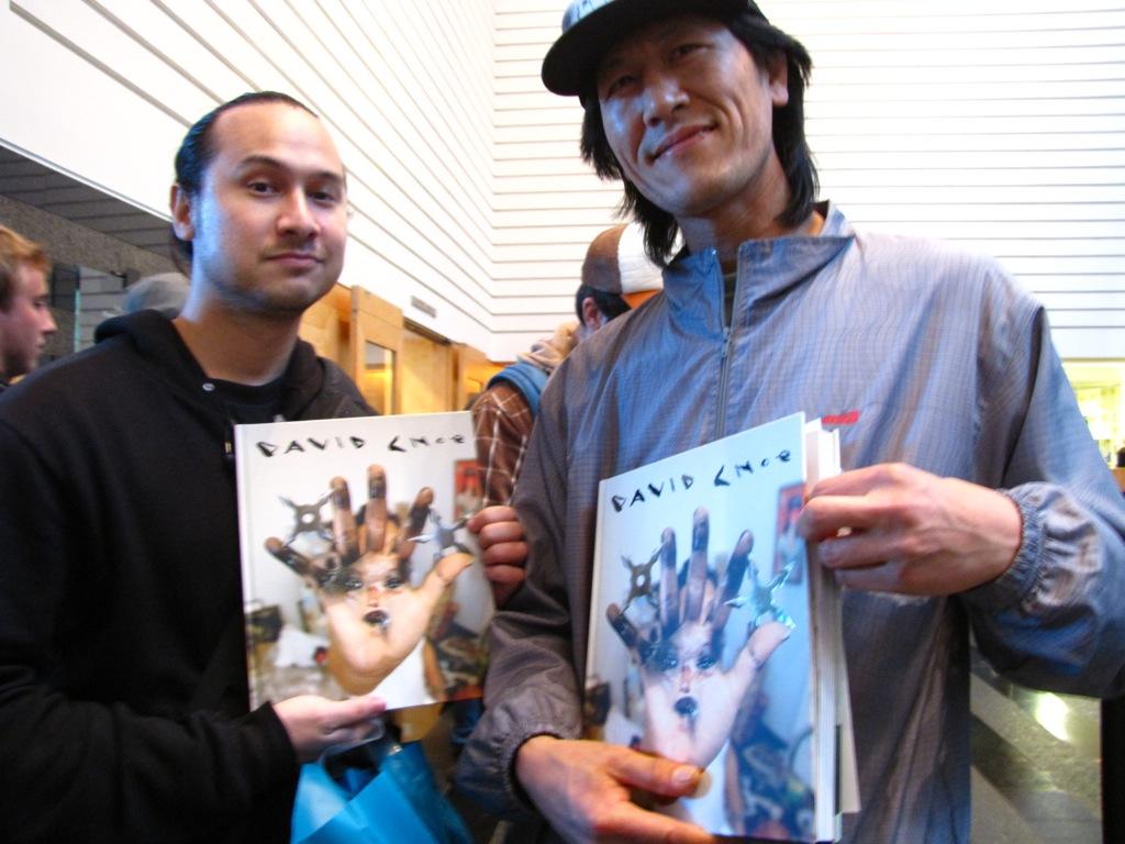 David-Choe-Signing-SFMOMA-08
