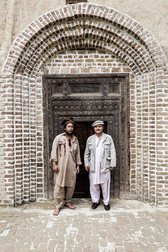 705-2013-david-choe-afghanistan-tour-juxtapoz-09.jpg