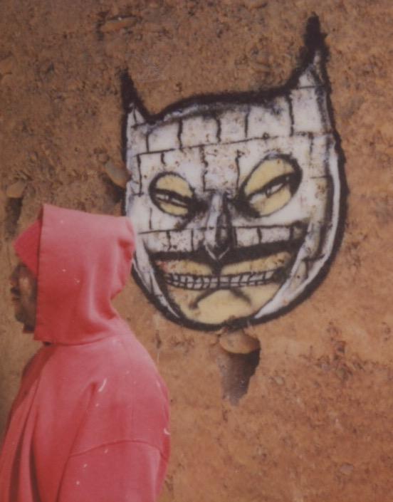 David Choe  with masked Igloo character à la  Mangchi  for  Igloo Hong  Morocco art project