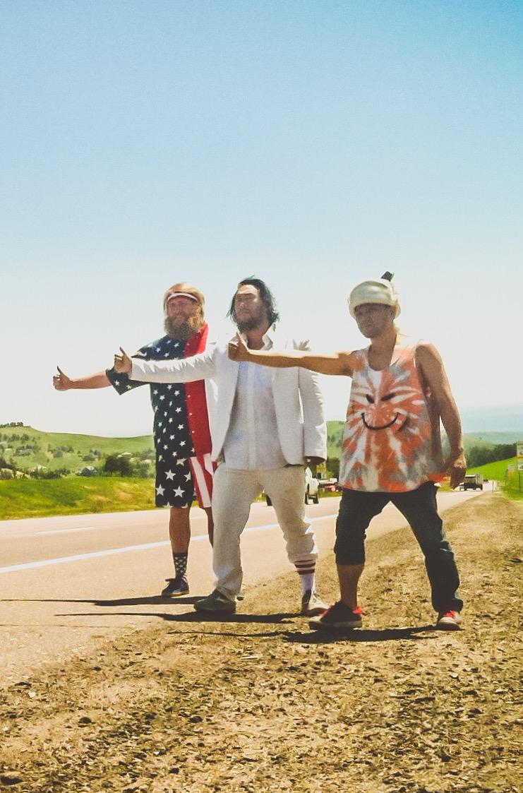 David-Choe-Thumbs-Up-Season-4-is-David-Critter-Guam.jpg