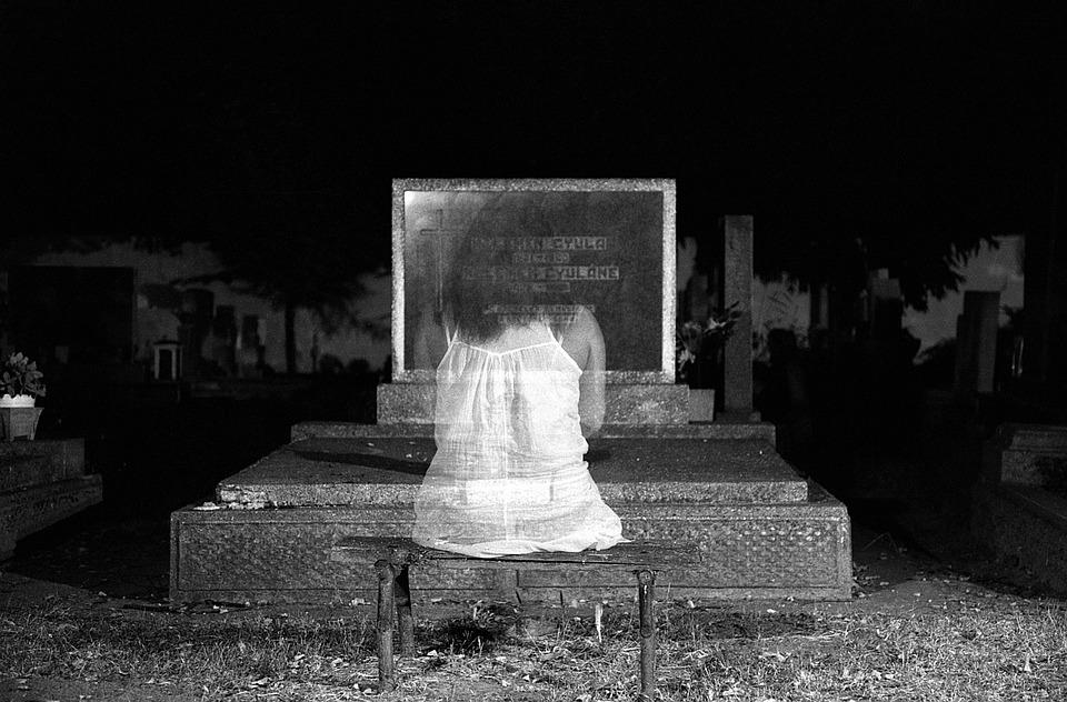 ghost-1280683_960_720.jpg