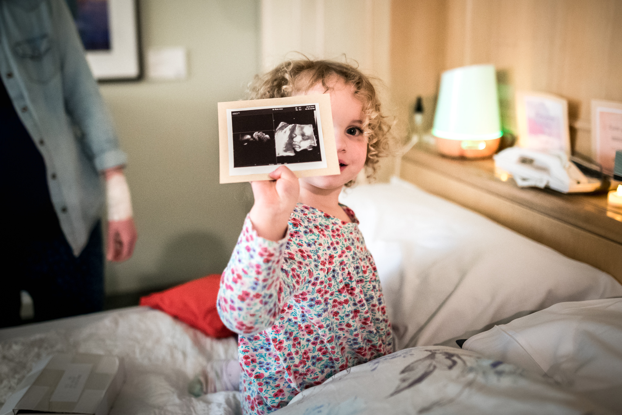 Belle Verdiglione Birth Photography Photographer Birth Story Documentary Hospital Waterbirth Mira Rae
