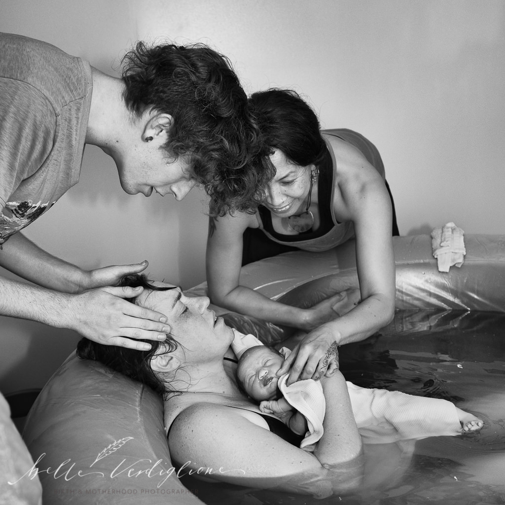 Belle Verdiglione Birth Photography Photographer Perth Waterbirth Mum Dad Doula Midwife Newborn