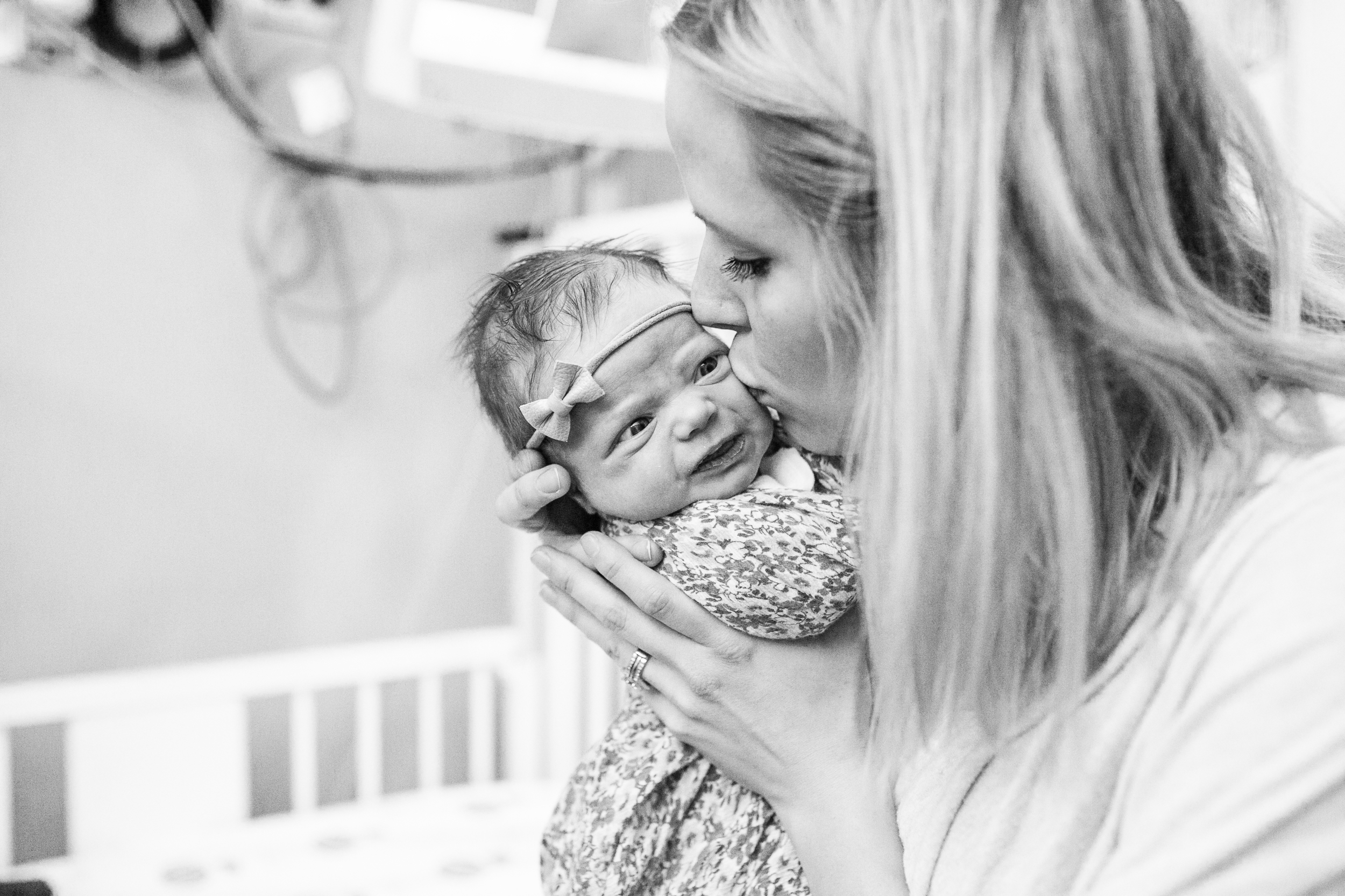 vanessa wyler newborn photography children's hospital wisconsin