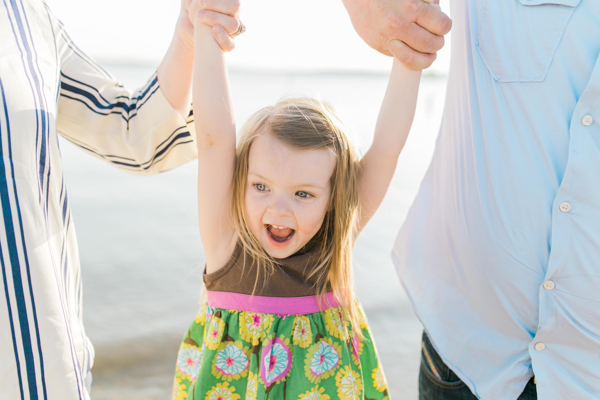 vanessa wyler pewaukee beach family photography
