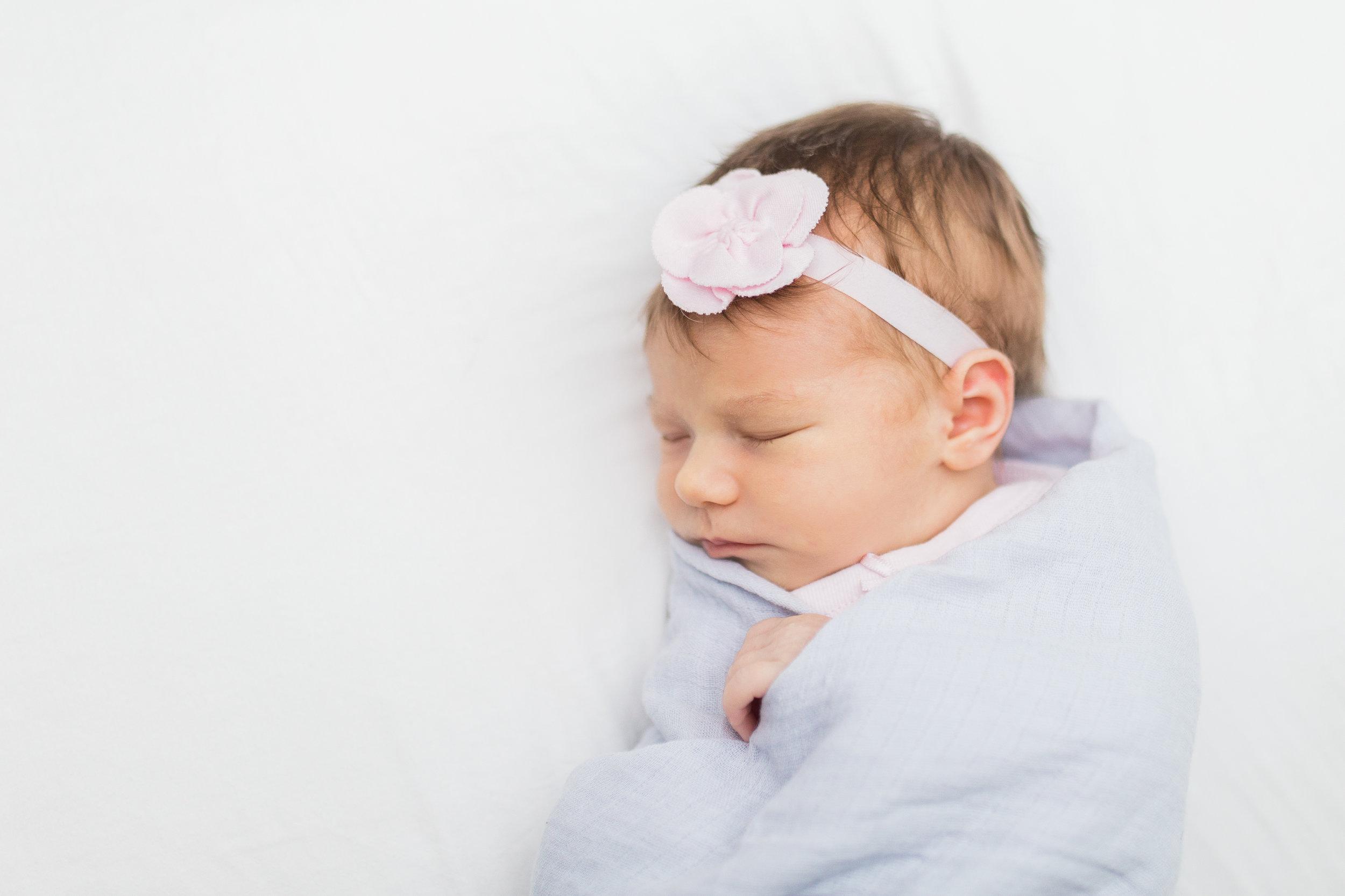 waukesha-pewaukee-newborn-photography-vanessa-wyler